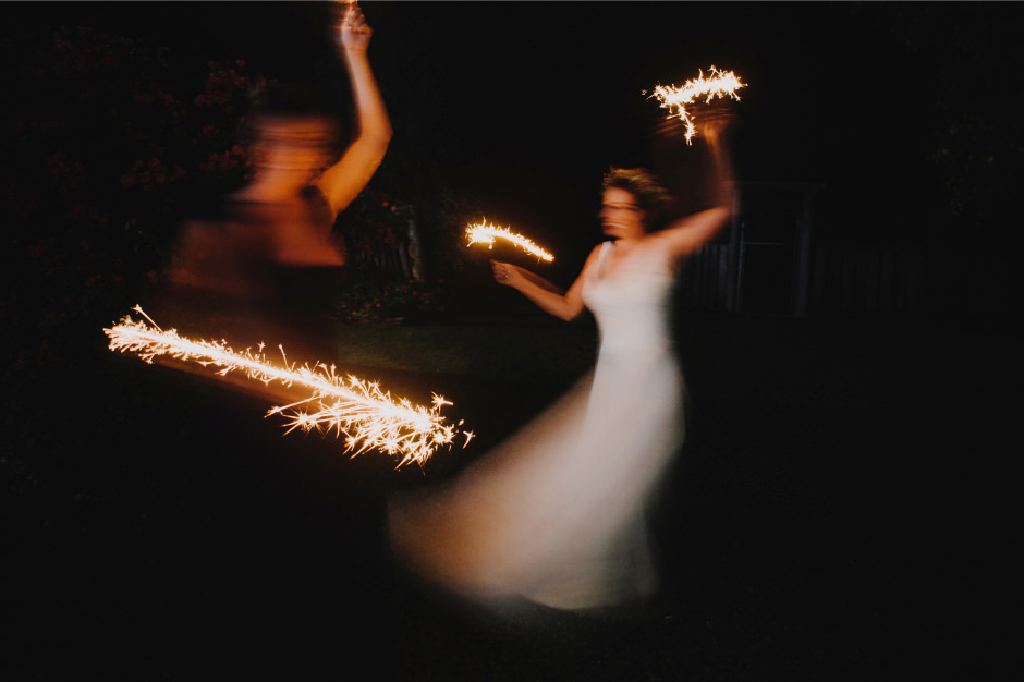 102-wedding-reception-sparklers
