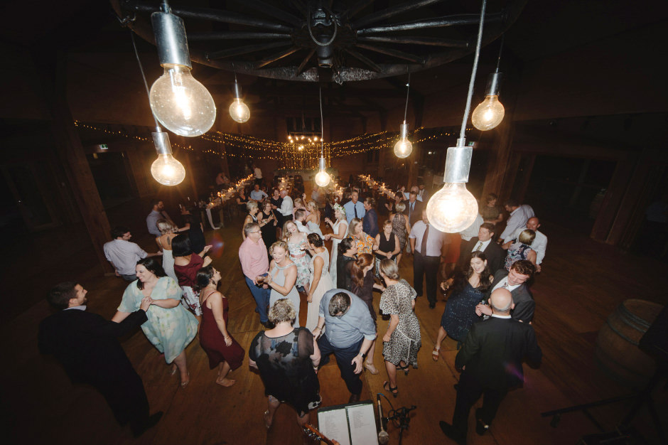 94-gordon-country-reception-dancefloor-photos